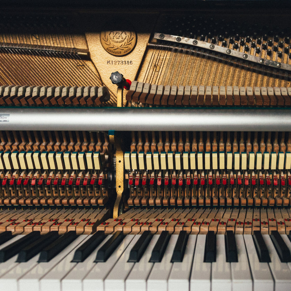 piano1000px1